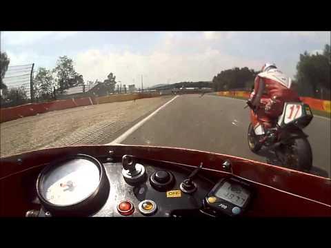 Bikers classics 2015 Ducati TT1 vs F1 serie 4 a